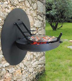 Mobilier modulable: Ce barbecue dans le jardin...