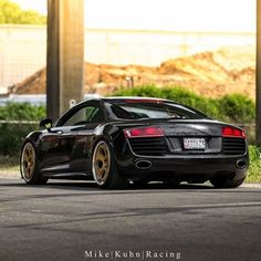 R8 en route to SOWO.  Owner: @n0bler0t   #r8 #audi #canon #carporn #fastcaruk #blacklist #amazingcars247 #carlifestyle #loweredlifestyle #stanceworks #stancenation #lowandstanced #dapper #dapperfam #mikekuhnracing