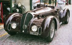 Coys_vintage_car_501593_fh000035.jpg 1223×775 pikseliä