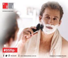 #DSTip para ellos: Para una óptima afeitada, lo ideal es realizarla después de la ducha, cuando los poros están abiertos debido al agua caliente. Movies, Movie Posters, Rain Shower Heads, Water, Men, Films, Film Poster, Cinema, Movie