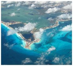 Check out this amazing aerial of #Cancun! Breathtaking views from up above! #Oasis Loves U