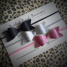 Girls Glitter Bow Set Silver Glitter Bow by pickledpeachbowtique