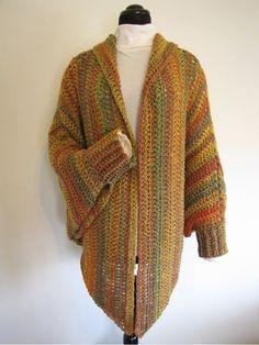 11 MODELOS DE PONCHOS   Patrones Crochet, Manualidades y Reciclado                                                                                                                                                      Más