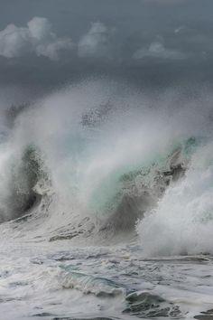 Crashing Waves photo Vassili Broutski Vassili Broutski #Plage Lumahai, Kauai #Hawaï #ocean