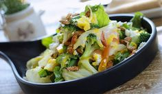 Recipe: Feta green salad with mango vinaigrette