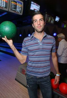 Zachary Quinto play bowling Simply Beautiful, Gorgeous Men, Beautiful People, Zachary Quinto, Chris Pine, Spock, Man Alive, Bowling, Role Models