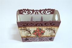 Porta talher com seis divisórias vazado margaridas (Peso: 478grs, altura: 15,5cm, largura: 21,0cm, profundidade: 17,0cm) R$50,00
