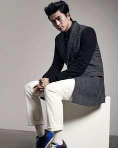 2PM Taecyeon Sieg Fahrenheit Fall 2014 Look 3