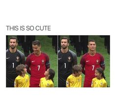 I'm not Ronaldo fans, but the two kids is just so cute.<< I'd do the same thing if Ronaldo smiled at me too tbh. Funny Posts, Funny Shit, Funny Memes, Jokes, Memes Humor, Funny Soccer Memes, Funny Stuff, Humor Humour, Funny Cute