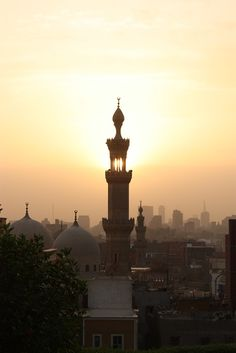 Cairo Sunset - Egypt سبحان الله هذه هي مصر بلد الألف مأذنه !! القاهرة عند الغروب !!