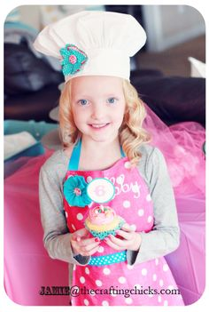 Easy Bandana Aprons for you little ones on www.thecraftingchicks.com