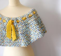 Blue and Yellow Capelet. €44,00, via Etsy.