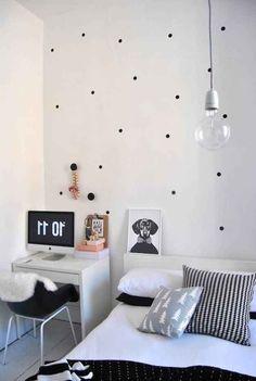 Agregar pequeños puntitos a tu pared transformará el look completo de tu habitación.