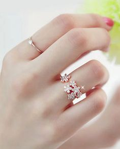 Blink Flowers Ring! How beautiful is this!!!