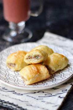 No party is complete without Puff Pastry Sausage Rolls, they are everyone's favorite appetizer! Crispy puff pastry surrounding savory sausage, who could resist? Sausage Appetizers, Finger Food Appetizers, Appetizers For Party, Finger Foods, Appetizer Recipes, Microwave Recipes, Cooking Recipes, Dishes Recipes, Food Dishes