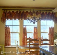 Kitchen Cafe Curtain and Valance