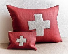 seabold vintage market red cross pillow and pouch