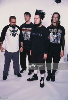 American metal band StaticX USA 2002 Left to right bassist Tony Campos drummer Ken Jay singer Wayne Static and guitarist Tripp Eisen Heavy Metal Music, Heavy Metal Bands, Heavy Metal Rock, Wayne Static, Static X, Nu Metal, Black Metal, Music Love, Rock Music