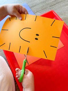Motor Skills Activities, Preschool Learning Activities, Preschool Art, Fine Motor Skills, Preschool Activities, Cutting Activities For Kids, All About Me Crafts, All About Me Preschool Theme, Scissor Skills