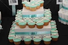 A Tiffany inspired baby shower. I could use white taffy to make the bows for Paola's cupcakes Baby Shower Cupcakes, Baby Shower Favors, Shower Cakes, Shower Party, Baby Shower Parties, Baby Shower Decorations, Bridal Shower, Tiffany's Bridal, Tiffany Cupcakes
