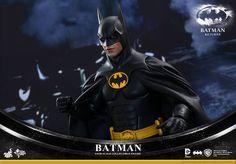 Hot Toys Reveals BATMAN RETURNS Batman and Bruce Wayne Action Figures — GeekTyrant