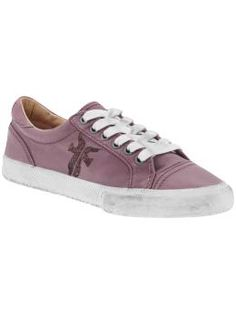 lavander leather low top sneak = awesome!