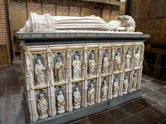 roskilde cathedral - One of the almost 40 royal tombs inside the cathedral