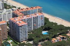 Apartamentos Blanes-Condal Blanes The Blanes-Condal apartments are just 50 metres from the popular S'Abanell Beach in Blanes. There is a swimming pool and gardens, and the apartments all have balconies and satellite TV.