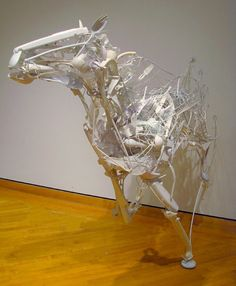 WOW! Recycled Plastic art / Sayaka Ganz #horse #upcycling