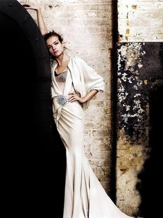 In this fashion spread for Vogue UK, Mario Testino once again shows us why he's at the top of fashion photography.