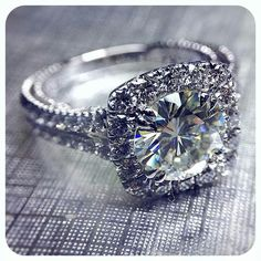 Not usually a fan of this cut but love this Ring