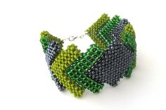 Hey, I found this really awesome Etsy listing at https://www.etsy.com/listing/173697047/beaded-bracelet-cubic-raw-squares-green