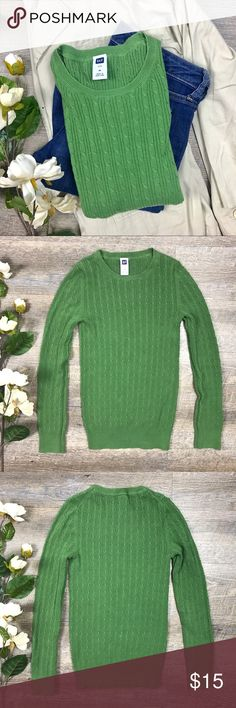 GAP Knit Top Classic green long sleeved GAP top! In excellent condition! 94% cotton, 2% spandex, 4% other fiber. Size M. G-16 GAP Tops