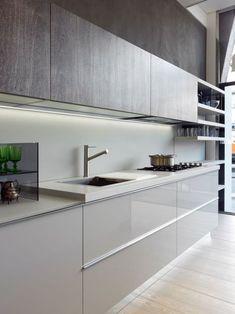 meuble de cuisine taupe moderne et finition laquée