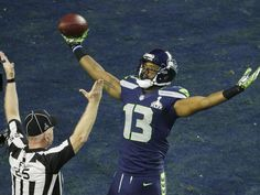 Super Bowl New England Patriots Take On Seattle Seahawks Chris Matthews, Nfl Memes, National Football League, Sports Humor, Seattle Seahawks, New England Patriots, Super Bowl, Football Helmets, Burns