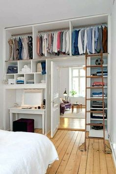 For those of people who live in small apartments, lofts or a compact house, keep. - Feste Home Decor For those of people who live in small apartments, lofts or a compact house, keep the small bedrooms Room Design, Small Spaces, Small Apartments, Small Apartment Bedrooms, Bedroom Design, Bedroom Diy, Diy Bedroom Storage, Home Decor, Living Room Interior