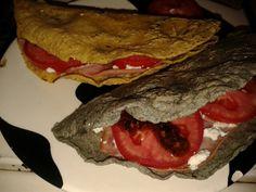 Quesadillas de requeson con tortilla de verdad. Comida Mexicana / Mexican food