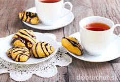 Peanut Butter Coconut Cookies with Dark Chocolate Drizzle… Coconut Peanut Butter, Chocolate Peanut Butter Cookies, Coconut Cookies, Healthy Cookies, Chocolate Desserts, Chocolate Drizzle, Cookie Recipes, Dessert Recipes, Plant Based Eating