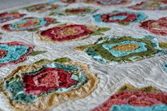 BECOMING-WHITNEY-_-french-roses-quilt-10