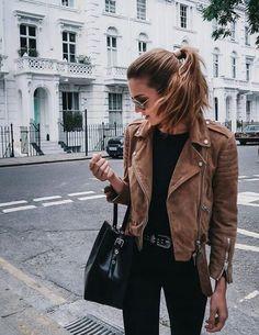 Du suchst nach dem passenden Accessoires für dein perfektes Outfit? Jetzt auf www.nybb.de #Fashion
