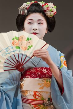 "The maiko Tanewaka of Miyagawa-cho performs in the first scene of the 2008 Kyo Odori, ""One Hundred Scenes of Kyoto Performed with Flower Fans."" Since Tanewaka made her debut just three …"