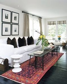 Living Room Design Ideas - Discover home design ideas, furniture, browse photos and plan projects at HG Design Ideas - connecting homeowners with the latest trends in home design & remodeling Cottage Living Rooms, Rugs In Living Room, Home And Living, Living Room Designs, Living Spaces, Red Persian Rug Living Room, Living Area, White Couches, White Walls