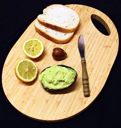 Házias konyha: Avokádókrém Avocado Toast, Breakfast, Ethnic Recipes, Food, Morning Coffee, Essen, Meals, Yemek, Eten