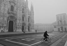 'Milan' by OldSchoolTraveller Milan, Photographs, Louvre, Street View, Building, Travel, Viajes, Photos, Buildings
