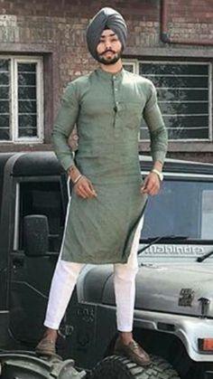 Kurta on eid Punjabi Kurta Pajama Men, Punjabi Boys, Kurta Men, Mens Indian Wear, Indian Groom Wear, Indian Men Fashion, Mens Fashion, Wedding Kurta For Men, Wedding Dress Men
