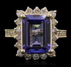 14KT Yellow Gold 5.32ct Tanzanite and Diamond Ring