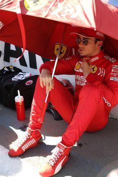 Ferrari Scuderia, Thing 1, F1 Drivers, Fighter Pilot, The Little Prince, Mermaid Prom Dresses, F 1, Formula One, Race Cars