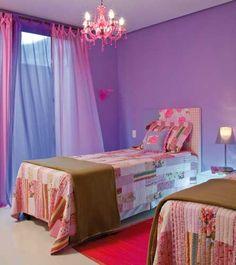 o roxo é ótimo para quartos de adolescentes e adultos que gostam de ousar