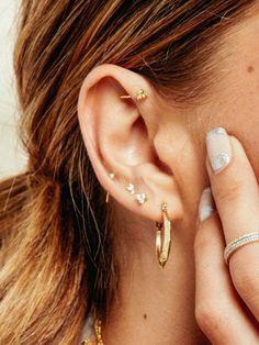 Boho ear cuff Turquoise earring Cartilage ear cuff Ear cuff no piercing Silver ear cuff Minimalist earrings Ear climber Ear wrap Ear jacket - Custom Jewelry Ideas Pretty Ear Piercings, Ear Piercings Chart, Ear Piercings Cartilage, Multiple Ear Piercings, Tongue Piercings, Unique Piercings, Dermal Piercing, Triple Piercing, Orbital Piercing