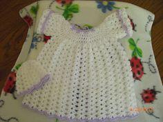 Preemie Round Bodice Gown free crochet pattern